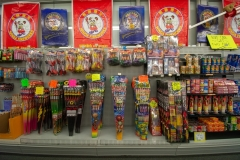 gallery_Mr-Fireworks-Discount-Superstore-0037