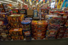 gallery_Mr-Fireworks-Discount-Superstore-0040